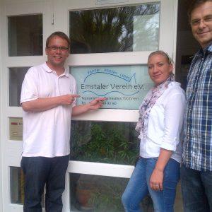 Die Mitarbeiter der Tagesstätte für Menschen mit psychischer Erkrankung, Herr Bohn und Frau Funk begrüßten Landtagsabgeordneten Timon Gremmels (SPD) in seiner Praktikumsstätte in Baunatal.